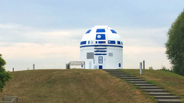 University Professor Redesigns The Zweibrück Observatory In Germany Into R2-D2